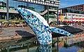 Metershoge plastic walvis – gemaakt van vijf ton zwerfval uit de oceaan. Utrecht (48608833441).jpg