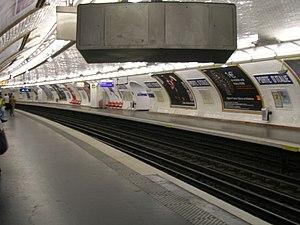 Porte d'Italie (Paris Métro) - Image: Metro 7 Porte d Italie quais