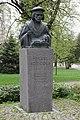 Mikael Agricola bust Lahti 3.jpg