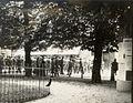 Mobilizacija rezervistov 30. ali 31. julija 1914 v parku Zvezda.jpg