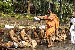 Iniciação dos Monges (26392071260) .jpg