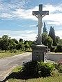 Montaigu (Aisne) croix de chemin.JPG