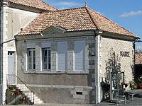 Monteton - Mairie.JPG
