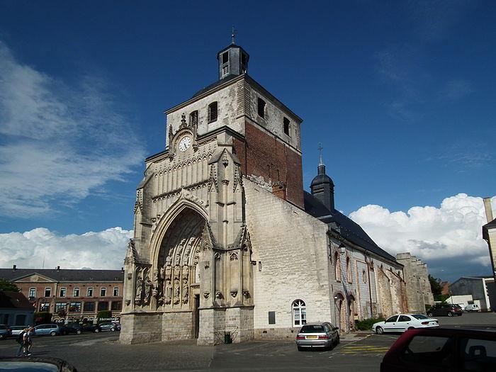 Eglise saint saulve monument historique montreuil for Piscine st saulve