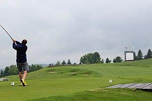 Mystic Rock - Image: Mystic Rock Golf Course 17th Tee (14313967068)