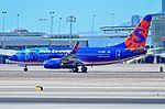 N716SY Sun Country Airlines 2001 Boeing 737-7Q8(WL) - cn 30629 - ln 1011 (14353940590).jpg