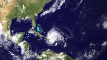 Fil:NOAA - GOES Satellite Tracks Hurricane Irene (pd).ogv