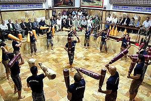 Pahlevani and zoorkhaneh rituals - Image: Namjoo Zurkhaneh (3)