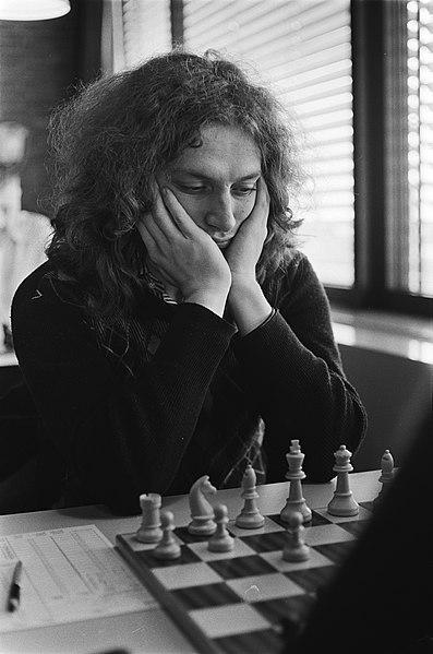 File:Nederlandse kampioenschappen schaken, Leeuwarden koploper Jan Timman in actie, Bestanddeelnr 929-6888.jpg
