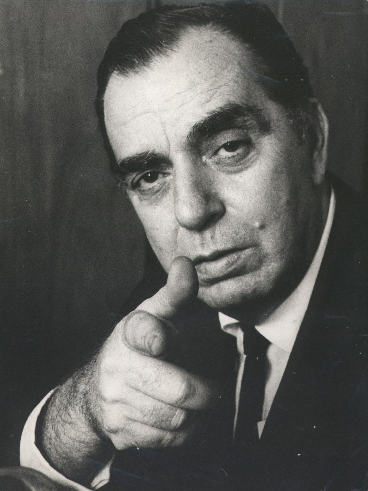 Nelson Rodrigues – Wikipédia, a enciclopédia livre