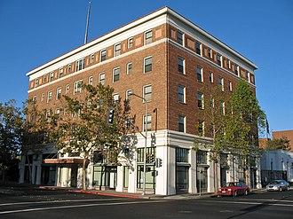 New Hotel Carquinez - Image: New Hotel Carquinez (Richmond, CA)