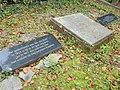 Nijmegen begraafplaats Daalseweg, monument slachtoffers 22-02-44 e.o., de drie gedenkstenen.JPG