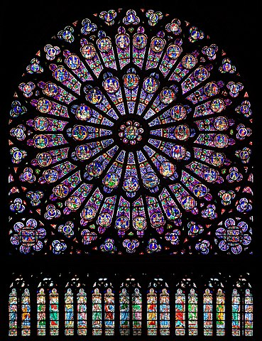 https://upload.wikimedia.org/wikipedia/commons/thumb/d/d8/North_rose_window_of_Notre-Dame_de_Paris%2C_Aug_2010.jpg/369px-North_rose_window_of_Notre-Dame_de_Paris%2C_Aug_2010.jpg