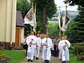 Nowotaniec. The choirboys follow the procession to church. 2008.jpg