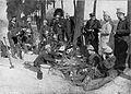 Offiziere und Mannschaften vom Seebataillon und der Marinedivision vor Antwerpen 1914 oder 1915.jpg