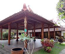 Joglo - Wikipedia