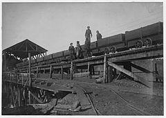 On the tipple at the Bessie Mine 1910.jpg