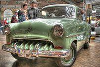An old German w:Opel.