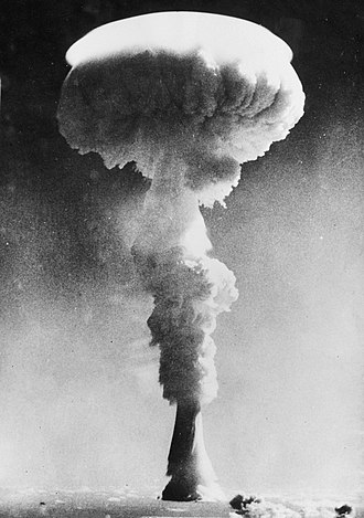 British hydrogen bomb programme - The Grapple 1 nuclear test on 15 May 1957. Hailed as Britain's first hydrogen bomb test, it was in fact a technological failure.