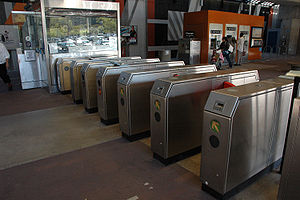 Orinda station - The faregates at the Orinda BART Station
