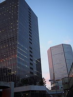 Osaka Ekimae Dai4 building and Hankyu Department Store 2016-02-09 (24955279555).jpg