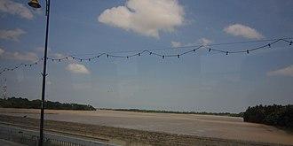 Pahang River - Image: Pahang 05.04.12