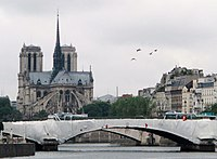 Paris, Cathédrale Notre-Dame de Paris au Pont de la Tournelle.jpg