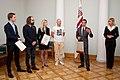 Paziņo Latvijas oficiālās Facebook lapas konkursa uzvarētāju 07.10.11. (6219537021).jpg