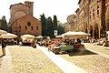 Piazza Santo Stefano e Mercato.JPG