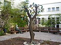PikiWiki Israel 10579 quot;tree of knoledege and electronicsquot; in.jpg