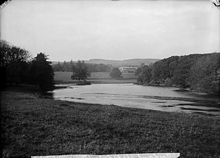 Plas Coed-coch and lake, Betws-yn-Rhos