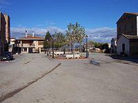 Plaza - Baños de Rioja.JPG