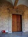 Porta de l'església al claustre, monestir de sant Miquel dels Reis.jpg