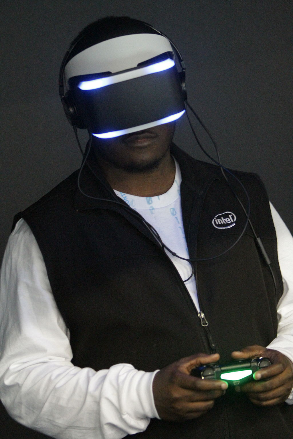 PlayStation VR. Quelle: wikipedia.org / Lizenz: CC BY 2.0