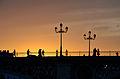 Puente de Triana anochecer.jpg