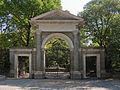 Puerta Sur del Jardín Botánico - 02.jpg