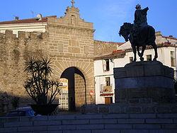 Plasencia wikipedia for Av puerta del sol