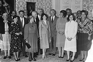 Paul Berg - Queen Beatrix meets Nobel laureates in 1983, Mildred Levy and Paul Berg are second couple from the left