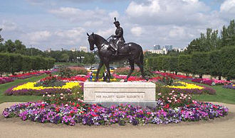 Golden Jubilee of Elizabeth II - The equestrian statue of Elizabeth II in Regina, Saskatchewan,  created to commemorate Elizabeth's Golden Jubilee as Queen of Canada