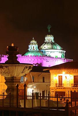 5503894aa4 Centro histórico de Quito - Wikipedia