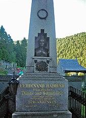 Raimunds Grab in Gutenstein (Quelle: Wikimedia)