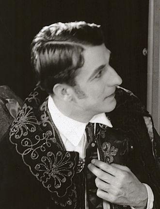 Raymond Bloomer - Image: Raymond Bloomer 1918