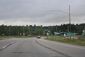 Rhinelander, Wisconsin - Image: Rhineland Wisconsin Sign US8 Looking East