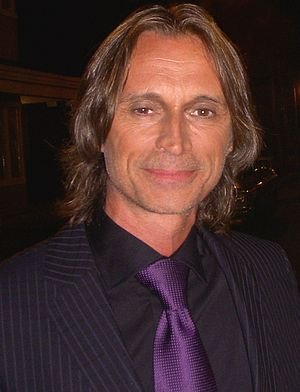 Desperate Souls - Robert Carlyle's performance was praised by critics.