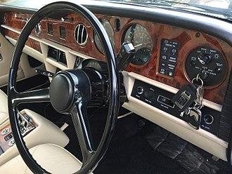 Rolls-Royce Silver Spirit - Image: Rolls Royce Silver Spirit MK1 Dash