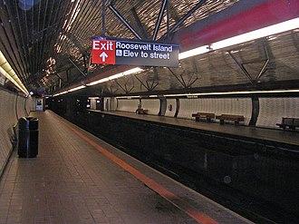 Roosevelt Island (IND 63rd Street Line) - Image: Roosevelt Island Subway Station by David Shankbone
