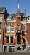 foto van Voormalig herenhuisin Overgangsarchitectuur