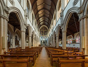Sacred Heart Church, Wimbledon - Image: Sacred Heart RC Church Interior 1, Wimbledon, London, UK Diliff