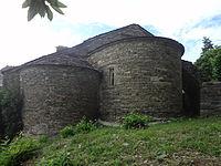 Saint-Privat-de-Vallongue, Église Notre-Dame-de-la-Salette, chevet.JPG