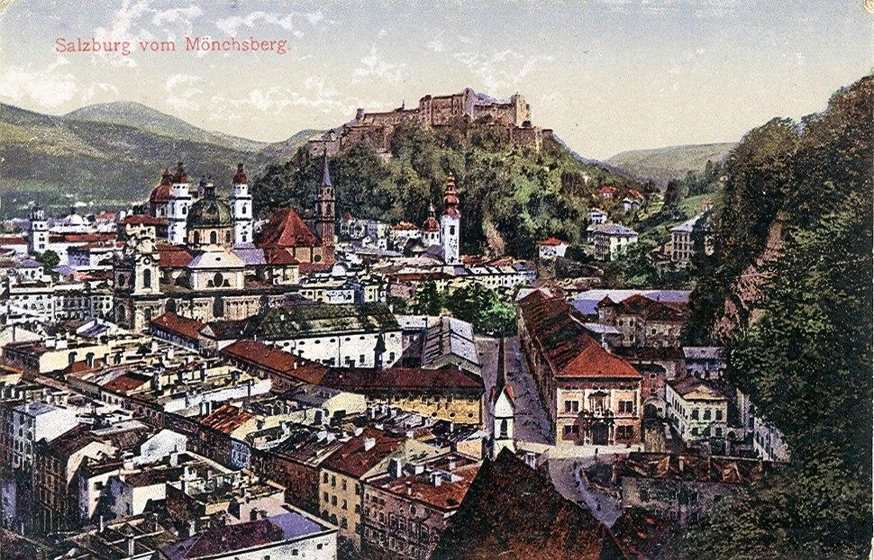 Salzburg vom Mönchsberg aus